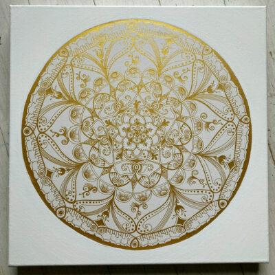 Mandala-WeissGold-Lamberty50cm